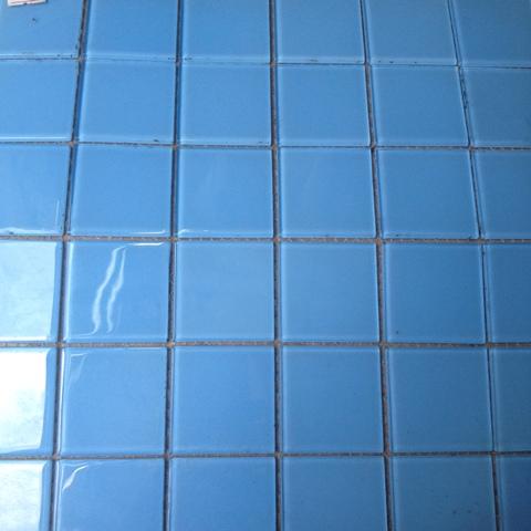Gạch mosaic ốp bể bơi kích thước vỉ 300x300mm HB21