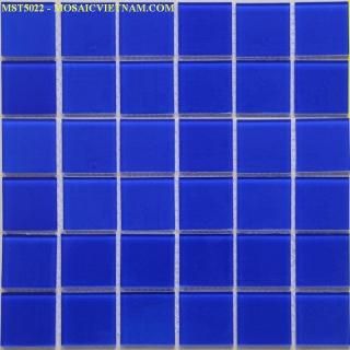 Mosaic thủy tinh đơn màu kích thước 50x50x4mm MST5022
