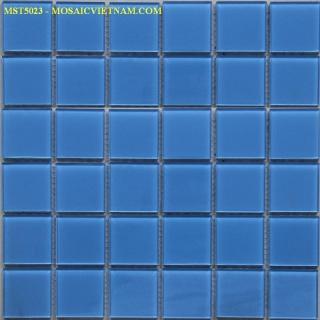 Mosaic thủy tinh đơn màu kích thước 50x50x4mm MST5023