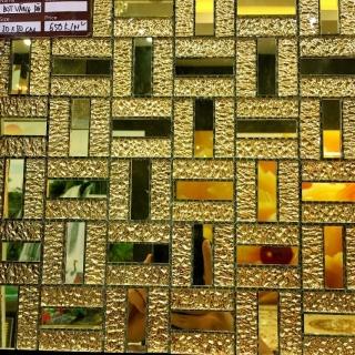 Gạch Mosaic khảm bạc vàng 31X31X10 cm RCES016
